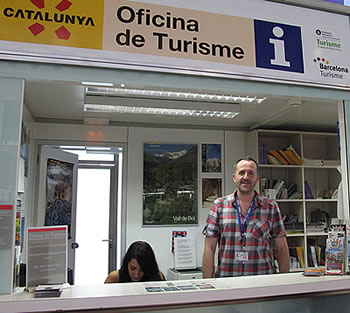 David P. REAL at Barcelona Airport Tourist Information Office