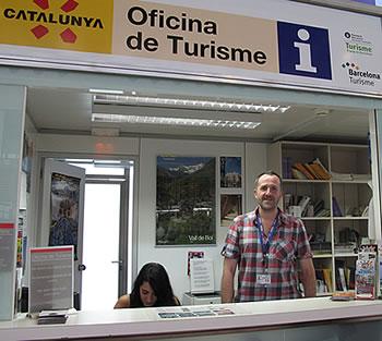 Oficinas de informaci n tur stica del aeropuerto de barcelona for Oficinas de cambio de moneda en barcelona