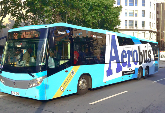 An Aerobus (A2) outside Corte Inglès department store in Plaça Catalunya.