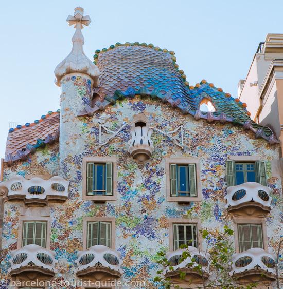 Een Gids Over Passeig De Gràcia In Barcelona één Van Barcelona S Bekendste Straten