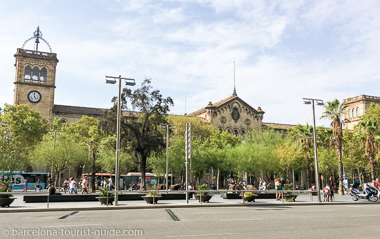 Plaza Universitat - a 15 minute walk from the hotel
