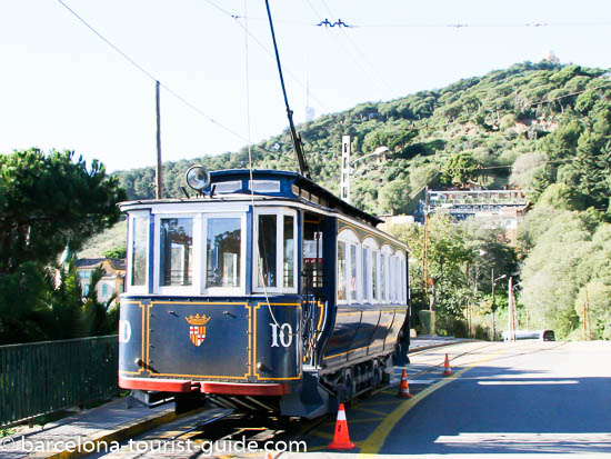 Tramvia Blau Tram Transport up to Tibidabo amusement park.