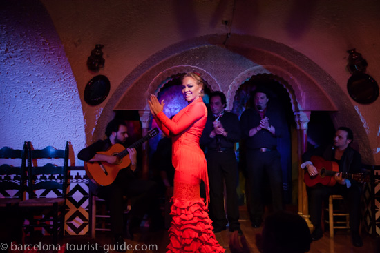 Flamenco performer at Tablao de Cordobes