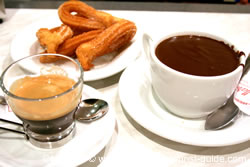 Churros and Chocolate at La Pallaresa