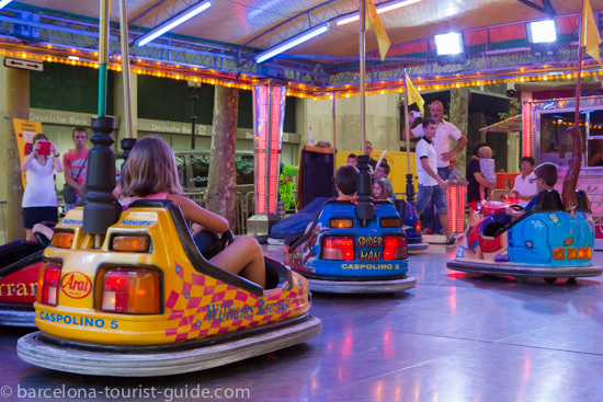 Bumper cars at the Gràcia Festival.