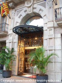 Barcelona Gay Hotel, hotel Axel. Gay run accommodation in the heart of Barcelona city centre