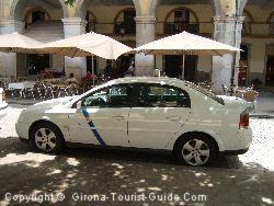 An Official Gerona Taxi