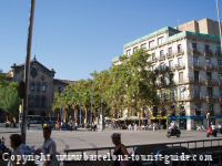 View of Plaça Universitat close to hotel Jazz