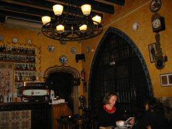 Restaurant Gats Barcelona : Interior del restaurante picture of gats barcelona tripadvisor