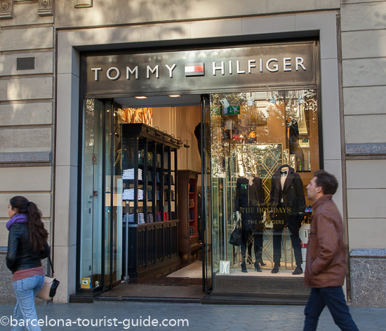 Apretar Inmunizar arroz  Index of /images/int/shopping/passeig-de-gracia/15-tommy-hilfiger/L550/