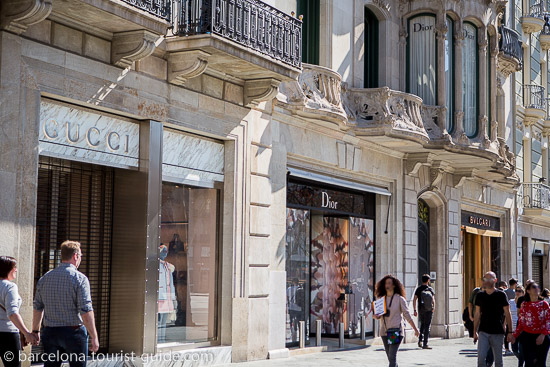 Hotel Sir Victor is just a few minutes walk from some of the best shopping in Barcelona found on Passeig de Gràcia